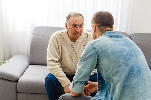 Tips for Responding When an Aging Adult with Dementia Says No in Montgomery, AL